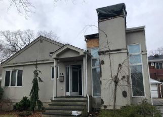 Pre Foreclosure in Flushing 11358 163RD ST - Property ID: 1242039225