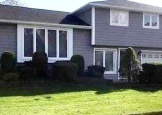 Pre Foreclosure in Hicksville 11801 FOX PL - Property ID: 1242147858
