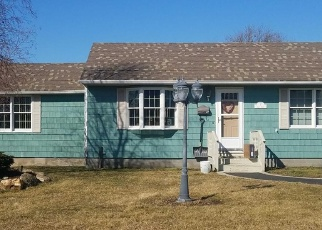 Pre Foreclosure in Blue Point 11715 NOBLE ST - Property ID: 1242440860