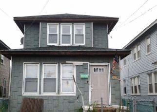 Pre Foreclosure in Arverne 11692 BEACH 73RD ST - Property ID: 1242723793