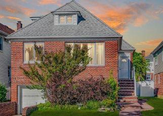 Pre Foreclosure in Rockaway Park 11694 BEACH 139TH ST - Property ID: 1242726411