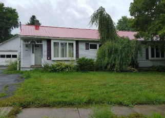 Pre Foreclosure in Massena 13662 BAYLEY RD - Property ID: 1242784670