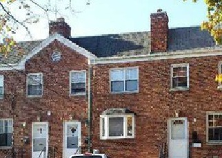 Pre Foreclosure in Queens Village 11427 220TH ST - Property ID: 1242789930