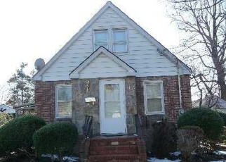 Pre Foreclosure in Hempstead 11550 CHURCH ST - Property ID: 1243345265