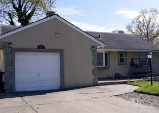 Pre Foreclosure in Valley Stream 11581 SADDLE ROCK RD - Property ID: 1243676827