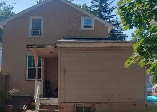 Pre Foreclosure in Geneva 14456 PARK AVE - Property ID: 1243932148