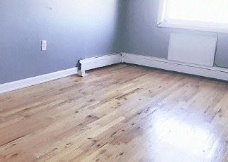 Pre Foreclosure in College Point 11356 121ST ST - Property ID: 1244398150