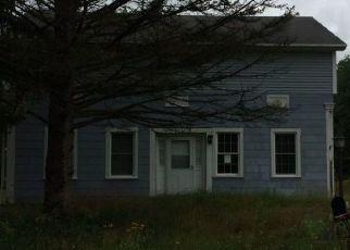 Pre Foreclosure in Schuylerville 12871 MINNIE BENNETT RD - Property ID: 1244452469