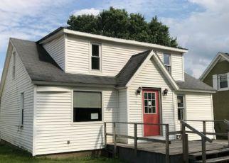 Pre Foreclosure in Mohawk 13407 GARIBALDI ST - Property ID: 1244917146