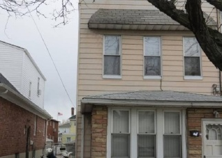 Pre Foreclosure in Ozone Park 11417 77TH ST - Property ID: 1245008700