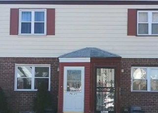 Pre Foreclosure in Bellerose 11426 251ST ST - Property ID: 1245054235