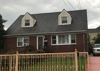 Pre Foreclosure in Staten Island 10306 JEFFERSON AVE - Property ID: 1245111621