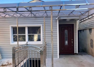 Pre Foreclosure in Ozone Park 11417 77TH ST - Property ID: 1245252650