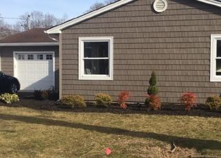 Pre Foreclosure in Ronkonkoma 11779 VANDERBILT AVE - Property ID: 1246001133