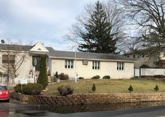 Pre Foreclosure in Staten Island 10312 ARDEN AVE - Property ID: 1246520583
