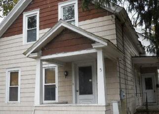 Pre Foreclosure in Glens Falls 12801 STEVENS ST - Property ID: 1246563951