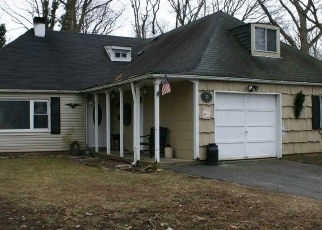 Pre Foreclosure in Islandia 11749 S BEDFORD AVE - Property ID: 1246612107