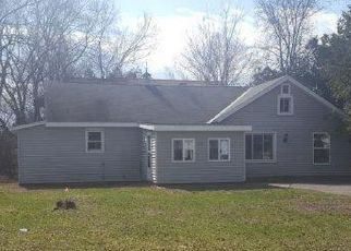 Pre Foreclosure in Queensbury 12804 PINE ST - Property ID: 1246854761