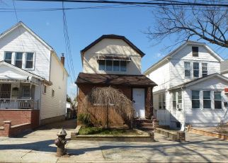 Pre Foreclosure in Fresh Meadows 11365 162ND ST - Property ID: 1247053147