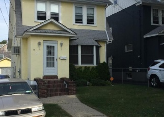 Pre Foreclosure in Staten Island 10301 NASSAU ST - Property ID: 1247193756