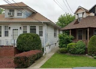 Pre Foreclosure in Staten Island 10314 DICKIE AVE - Property ID: 1247206902