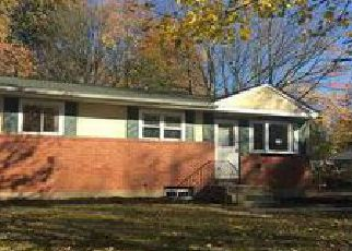 Pre Foreclosure in Brentwood 11717 HENDERSON PL - Property ID: 1247423687
