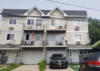 Pre Foreclosure in Far Rockaway 11693 BEACH 97TH ST - Property ID: 1247620780