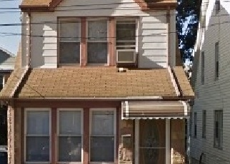 Pre Foreclosure in Saint Albans 11412 118TH AVE - Property ID: 1247889691