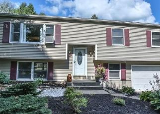 Pre Foreclosure in Walworth 14568 ONTARIO CENTER RD - Property ID: 1247959770