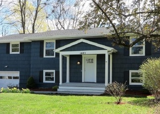 Pre Foreclosure in Webster 14580 PLANK RD - Property ID: 1248446799