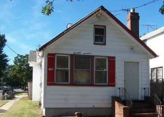 Pre Foreclosure in Elmont 11003 ATHERTON AVE - Property ID: 1248492337
