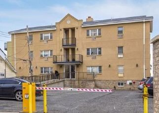 Pre Foreclosure in Bronx 10465 PENNYFIELD AVE - Property ID: 1248618478