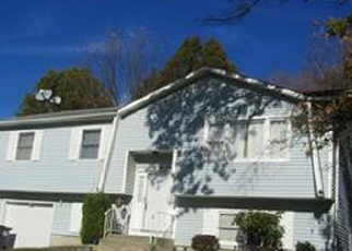 Pre Foreclosure in Middletown 10941 AMY LN - Property ID: 1249025794