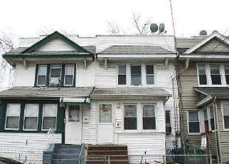 Pre Foreclosure in South Richmond Hill 11419 95TH AVE - Property ID: 1249311349