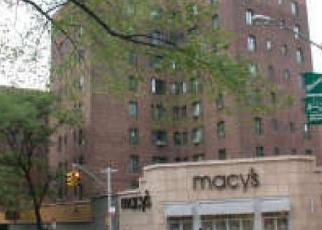 Pre Foreclosure in Bronx 10462 SAINT RAYMOND AVE - Property ID: 1249353847