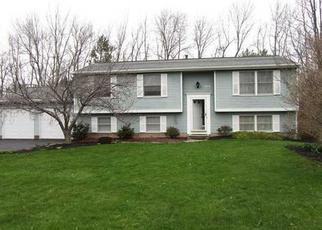 Pre Foreclosure in Rochester 14612 N CREEK XING - Property ID: 1249463320
