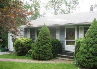 Pre Foreclosure in Yorktown Heights 10598 WHITE BIRCH DR - Property ID: 1250357673