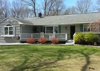 Pre Foreclosure in Ronkonkoma 11779 PLEASANT ST - Property ID: 1250665117