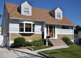 Pre Foreclosure in Valley Stream 11581 HORTON AVE - Property ID: 1251357119
