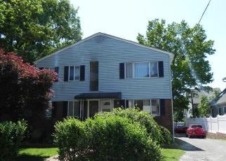 Pre Foreclosure in New Rochelle 10801 REMINGTON PL - Property ID: 1251574357