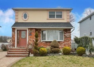 Pre Foreclosure in Staten Island 10301 ELY ST - Property ID: 1251628672