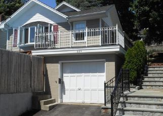 Pre Foreclosure in Peekskill 10566 MARION AVE - Property ID: 1251871756