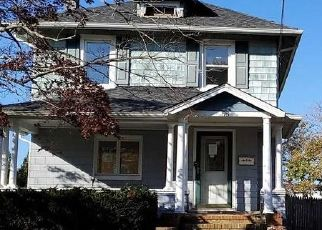 Pre Foreclosure in Patchogue 11772 LEE AVE - Property ID: 1252096428