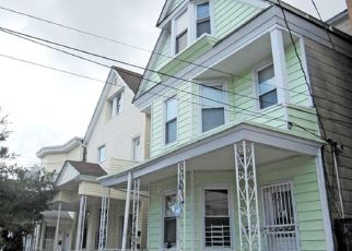 Pre Foreclosure in Yonkers 10701 VICTOR ST - Property ID: 1252135407