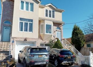 Pre Foreclosure in Staten Island 10306 MAPLETON AVE - Property ID: 1252322422