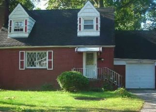Pre Foreclosure in Amityville 11701 COOLIDGE AVE - Property ID: 1253084499