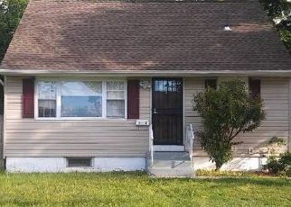 Pre Foreclosure in Central Islip 11722 HEMLOCK ST - Property ID: 1253098962