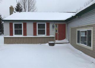 Pre Foreclosure in Cazenovia 13035 MOSLEY RD - Property ID: 1253711229