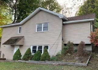 Pre Foreclosure in Monticello 12701 YORK AVE - Property ID: 1253841307