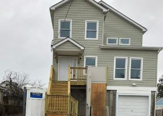 Pre Foreclosure in East Rockaway 11518 ADAMS ST - Property ID: 1254579296